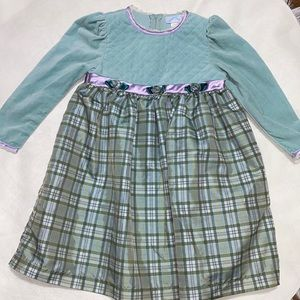 🛍🛍Girls Adorable Green dress with purple trim